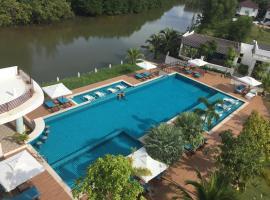Mangrove River Resort, Сиануквиль