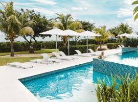 Cap Ouest Luxury Apartment Sea View, 弗利康弗拉克
