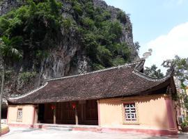 Vietnamese Ancient Village- Lang Viet Co Hotel, Ninh Binh