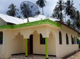 Small Villa, Kombeni