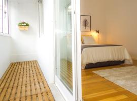 Liiiving in Porto | Downtown Balcony Apartment, Oporto