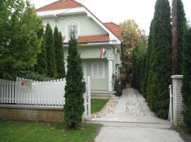 Csokonai guesthouse, Zamárdi