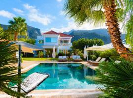 Villa Aphrodite, sissi