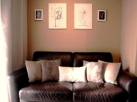 Edi Art House,