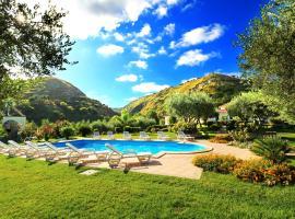 Villa Garden, Drapia