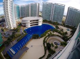 Pool & Beach View 2BR Deluxe Condo At Azure Resort, Manille