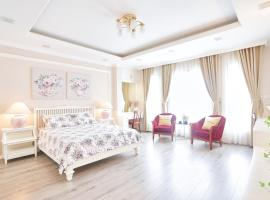 Rose apartment near the West lake, Hanoi