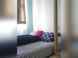 1 Br Flat Huge Sofa Bed Hot Shower