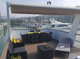 ADRIA Floating House BamBoo, Portorož