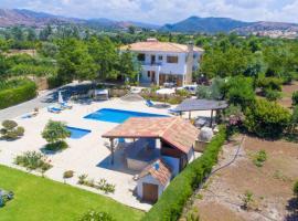 Villa Xenios Dias, Argaka