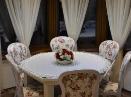 Romantika apartman Rose11, Tale