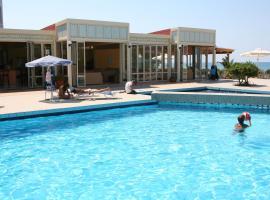 Hotel Kathrin Beach, Adelianos Kampos