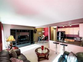 Beautiful 3 bedroom townhouse with 3 free parking, Edmonton