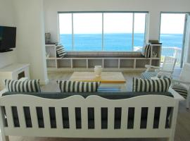 3 On Rocklands Beach and Pool Villa, Rocklands