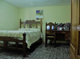 Brunys Room, Delmas