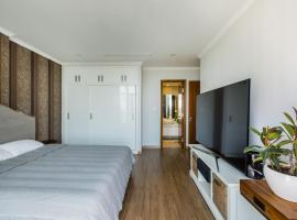 Luxury APARTMENT 3 bedrooms-142m2 FREE POOL GYM, Ho Chi Minh