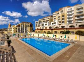 Stylish Apartment with Pool, Ta' Monita