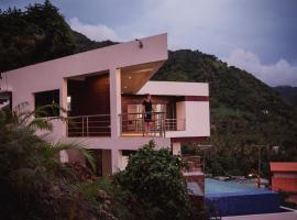 Sargas Villa, Saint Lucia, Colombette