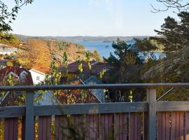 Holiday home UDDEVALLA, Sundsandvik