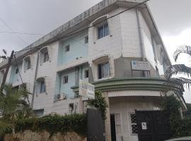 Baba Hotel, Douala