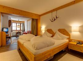 Am Dorfplatz Suites - Adults only, Sankt Anton am Arlberg