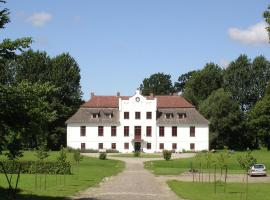 Grand Apartment in Satow with Garden