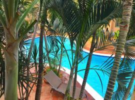 Wacamaya, Palm Beach
