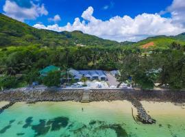 Le Nautique Beachfront Apartments Mahe, Anse Royale