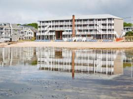 Surfside Hotel and Suites,