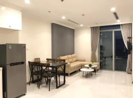 Smiley Apartment - One Bedroom Apartment in Vinhomes, Ho Chi Minh