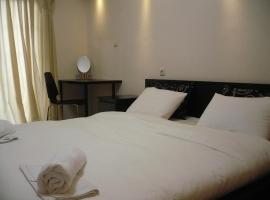 Alexandros Hotel, Leptokaryá