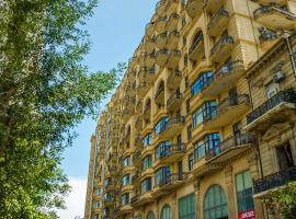Deluxe property in the center Tarqovı, Baku