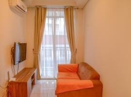1BR Gardenia Boulevard Apartment Near Pejaten Village By Travelio, Jacarta