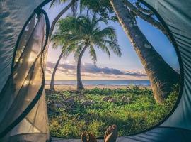Aotea Camp'in Huahine, Fare