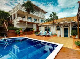 Villas Descanso, West Bay
