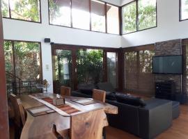The Jungle Villa, Chaweng Noi Beach