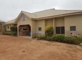 Sly's Lodge, Sefwi Bekwai