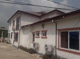 Golden Ednona Hotel, Obuassi
