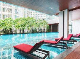 The Room Sukhumvit 69 By Favstay, Bangkok