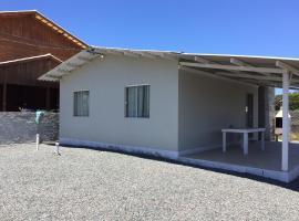 Casa em Mariscal, Bombinhas 300 metros do mar, Bombinhas