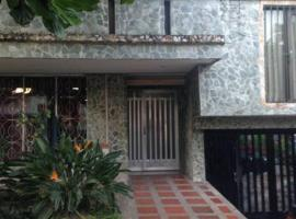 House Hotel Laureles 70, Medellín
