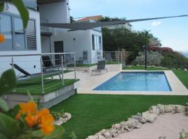Group & Family House Galant Curaçao, Willibrordus