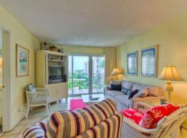 Beach Club 219 Apartment, Saint Simons Island
