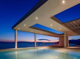 Unique Luxury Villa sea side Evia, Káto Ília