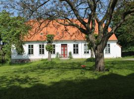 Lush Apartment in Steffenshagen with Garden