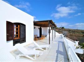 Casa Villa Hermosa, Tías