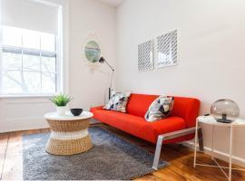 Four-Bedroom on Atlantic Ave, Бруклин