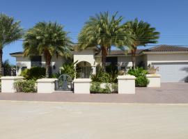Villa Vecchia, Palm Beach