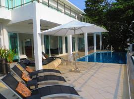 Villa Ginborn 5 bedroom poolvilla with stunning views over ocean, town, mountain, Kata Beach