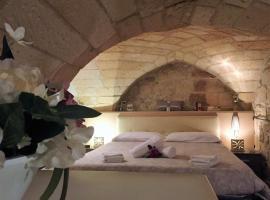 Suite Scarambone, Lecce